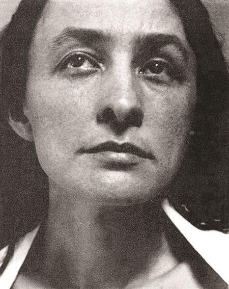 Georgia O'Keeffe female artist