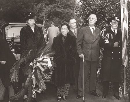 Madame Chiang Kai-shek, with Eleanor Roosevelt and President Franklin Roosevelt